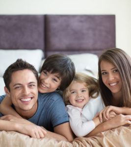 Family-on-Bed
